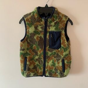 BabyGap camo vest size 2 years